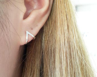 925 Sterling Silver Triangle Earring