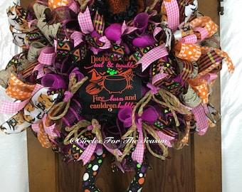 Halloween wreath, Halloween deco mesh wreath, witch wreath, front door wreath, witch decoration