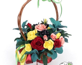 Wedding gifts Newlywed gifts Bridesmaid gifts Wedding keepsake Custom wedding gifts Wedding basket Flower basket Bridal basket  Flower
