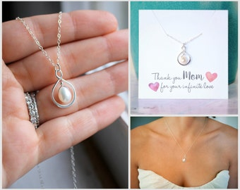 Mother of the Bride Gift, Mother of the Groom Gift, Mom Wedding Gift, Mom Necklace, Infinity Necklace, Freshwater Pearl, Thank you Gift