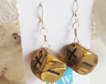 READY TO SHIP Dice Earrings - Bronze Fate Dice Earrings - Six Sided Dice Jewelry - Geeky Gamer Jewelry