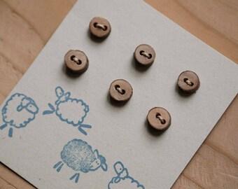 6 Little little buttons apple tree