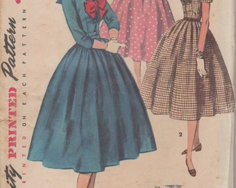 Bust 29-FACTORY FOLDED 50's Junior Misses' Dress With Sailor Collar and Tie Simplicity 4875 Size 11