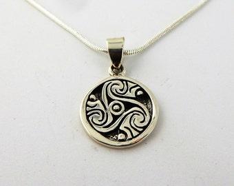 "Sterling Silver Celtic Triskele pendant on an 18"" snake chain"