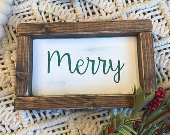 Merry wood sign. Green merry Christmas sign. Farmhouse style holiday decor. Christmas decor.
