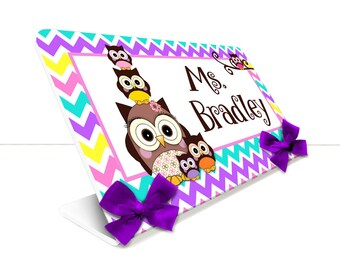 personalized teacher desk name plate class stacked owls chevron pattern decor table sign - SEC14