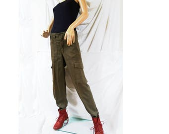 Vintage 1980s Women's Austrian army olive trousers pants military khaki cargo combat M75 boyfriend