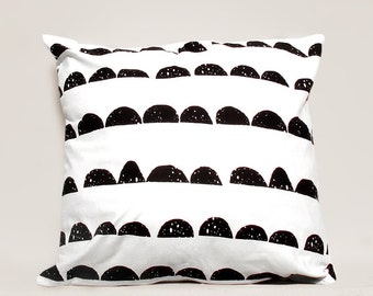 Half Moon pillow cover, Geometric Pillow Case, Kids Pillows Case, Black and White Pillow Case01