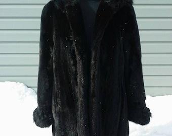 recycled fur, fur coat, mink coat, coat 3/4