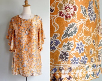 Vintage Ethnic Batik Tunic Top with Flutter Sleeve XS S or M