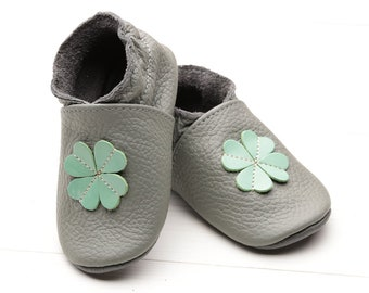 SALE! Baby shoes Leather baby shoes, Soft sole kids shoes, Boys' Baby moccasins leather, Girls' Infant baby shoes Baby booties, Gray, Flower