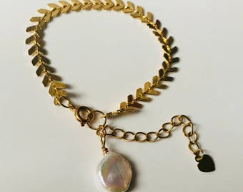 Gold Leaf Bracelet with freshwater pearl coin drop.
