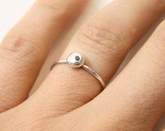 Sterling silver dainty ring, silver pebble ring, tiny diamond ring