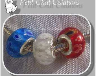MIX LOT 3 BLUE WHITE RED DONUTS RONDELLE GLASS BEADS AND CHARMS * D546