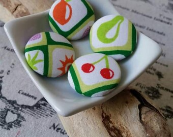 X 4 Littles 30mm fabric covered buttons