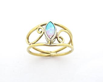 Opal Gold Ring, Spiral Ring, Brass Ring, Statement Rings, Gold Opal Ring, Opal Ring, Opal Stone, Stone Ring, Womens Rings, Gold Stone Ring