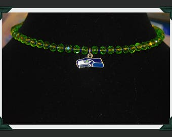 Seattle Seahawks choker. Seahawks made with memory wire.