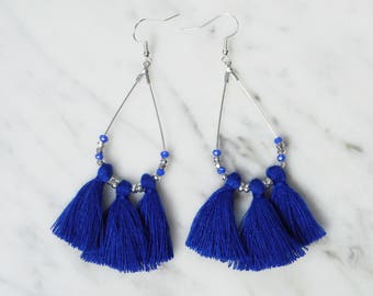 Chic tassels - drop earrings silver and hard blue tassels