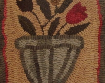 Farmhouse Flowers Primitive Hooked Rug