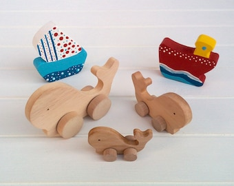 Wooden animals on wheels - Whale