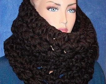 Black Chunky Infinity Scarf, Crochet Chunky Black Infinity Scarf, Cowl Scarf, Handmade Scarf, Crochet Cowl Scarf, Black Neckwarmer Scarf