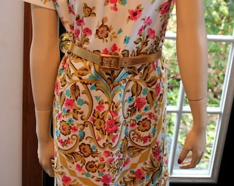 CLEARANCE Vintage Lady Carol New York Mod Floral