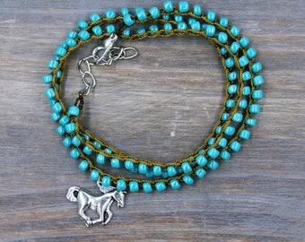 Turquoise Horse Jewelry / Horse Bracelet / Gift for Horse Lover / Turquoise Bracelet / Beaded Bracelet / Horse Lover Gift / Wrap Bracelet