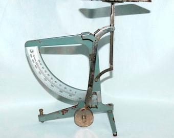 Vintage antique Old Scale letter Scale