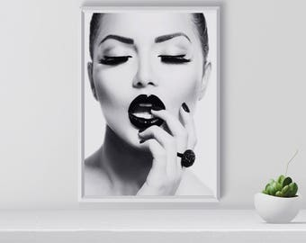 Fashion Art Print, Fashion Wall Art, Lips Print, Fashion modell print,  Black and White, fashion photography, fashion wall decor, printable