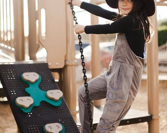 LOLA OVERALLS PDF Sewing Pattern & Tutorial (Sizes 4 to 12)