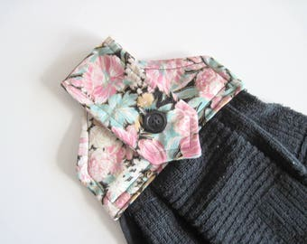 Hanging kitchen towel  button top pink with turquoise flowers and black cotton towel