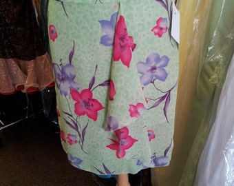 Pencil Skirt Lime green floral print. Style 3002. Size 6.