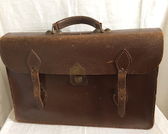 A lovely deep brown leather vintage Briefcase/Attaché Case