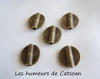 5 bronze metal flat and round beads (15 mm)