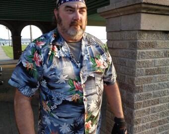 Vintage 80s Polyester Kennington Hawaiian Black Loop collar Tropical Print Shirt Size XL by  by JeansVintageCloset