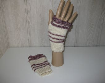 off white and Heather wool mittens bordeaux