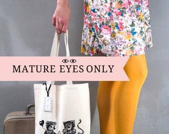 TOTE BAG Ourson et Chat/ Sac de shopping/ idée cadeau originale/ illustration coquine/ customisé/ vintage lover/ zizi caché sous culotte