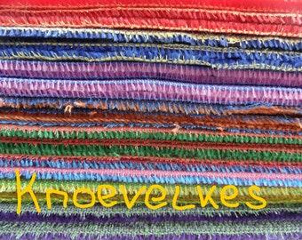 COL.  Vous choisissez 2 couleurs propres à mohair BICOLOR, pile5 mm, 2 x 25cm / 35cm = environ 2 x 1/16