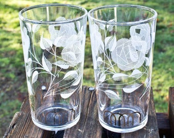 Pair of white floral Juice Glasses - Vintage Glassware -