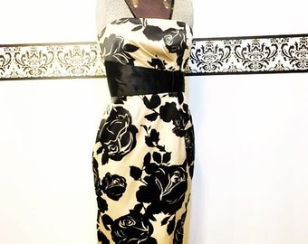 Vintage Bombshell Gold and Black Dress by White House Black Market, Size 2, Size Small, Vintage Pin Up Dress , Vintage Gold Wiggle Dress,