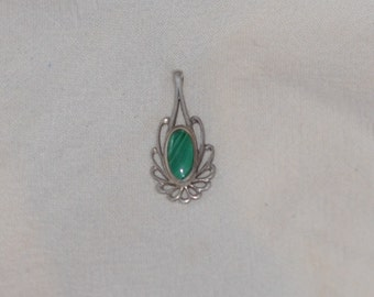 Sterling Silver Malachite Vintage Pendant Necklace