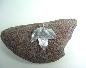 sterling silver Poplar leaf pendant set with diamond