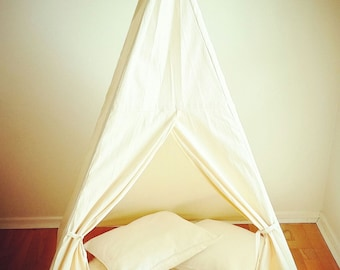 Children's Teepee / Play Tent / Play House