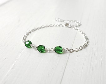 Green bead bracelet dainty bracelet small chain bracelet emerald green beads bracelet for women