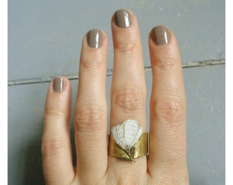 "Brass ring  ""White flower """