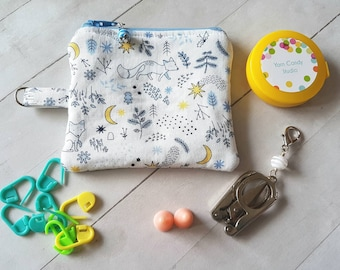 Tiny Fox Notion Pouch -Accessory for Crochet and Knit -coin purse -Forest theme -Woodland Creatures