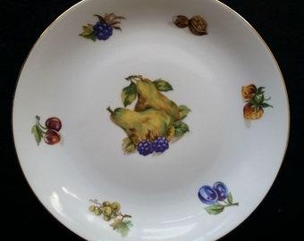 Four Bohemia Fine Czechoslovakian Porcelain Plates with Fruit Inlay Design, 7 1/4 inch wide