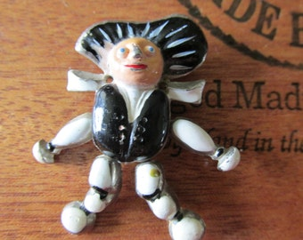 Vintage 1940s GOLLYWOG COLLECTIBLE Lucky Charm Mechanical Figural Enamel Fur Clip Pin Brooch Rare