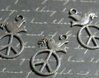 3 charms Peace and Love and Dove metal silver 16 x 28, 5mm