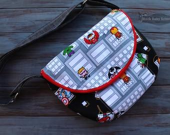 Superhero Manhattan Bag with adjustable cross-body strap